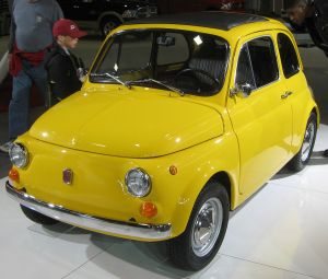 1280px-1970_Fiat_500_L_--_2011_DC_1